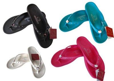 【卡漫迷】 特價~Hello Kitty 水鑽 夾腳拖 四選一 ㊣版 四種尺寸 拖鞋 橡膠 海灘鞋 人字拖