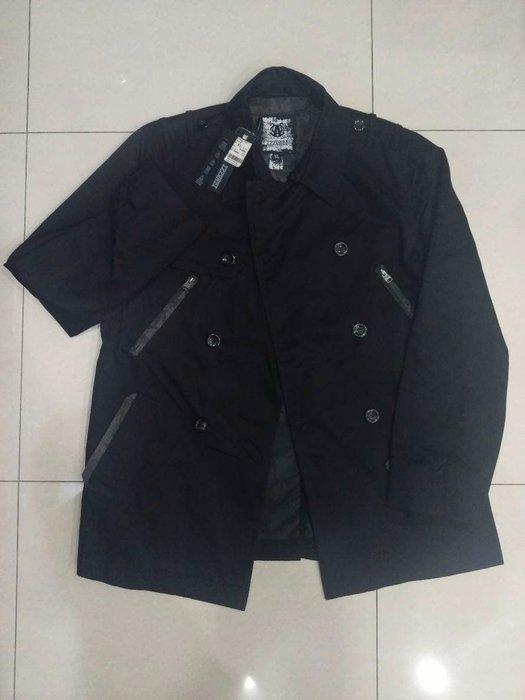 絕版IZZVATI 黑色 軍裝風 雙排扣 大衣 風衣 size:XL
