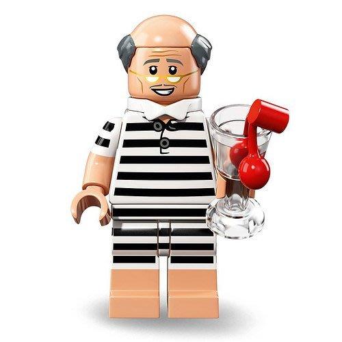 現貨【LEGO 樂高】2018最新 蝙蝠俠電影2 人偶包抽抽樂 人偶系列 71020 | #10 度假 管家阿福+飲料杯