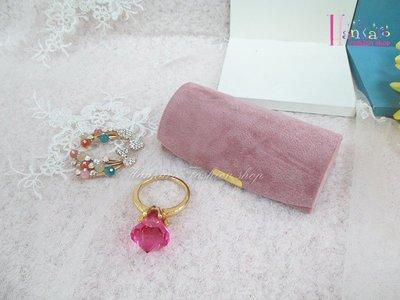 ☆[Hankaro]☆流行粉嫩隨身實用半圓形飾品收納盒