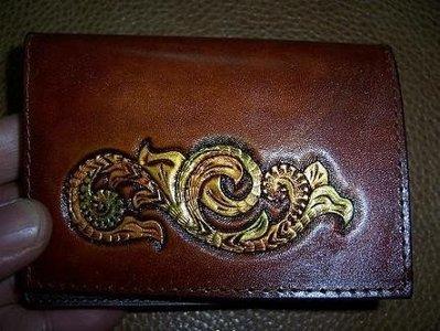 手工皮件禮品唐草如意證件名片夾可刻字Cheergiant Crafts visiting card wallet巧將皮雕