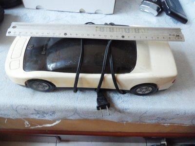 紫色小館37---------汽車型錄影帶回復機