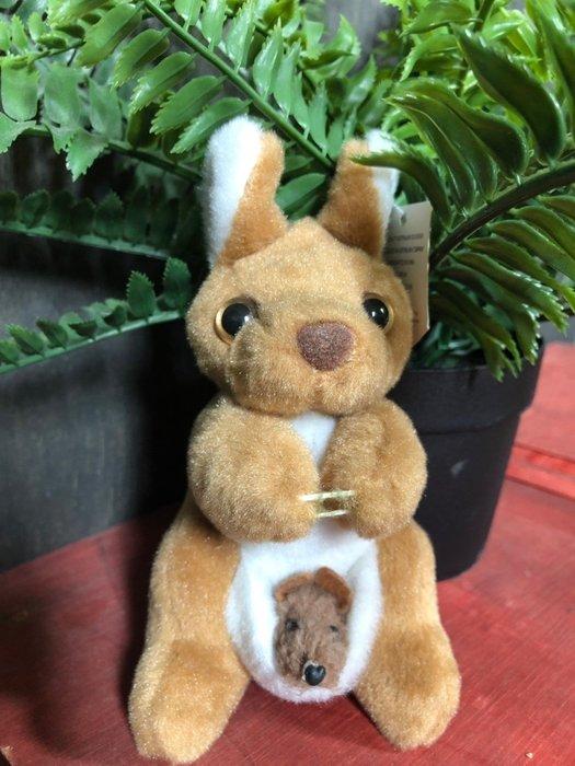 澳洲袋鼠娃娃-(背小袋鼠版)澳洲製造