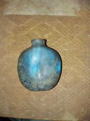 拉長石鼻烟壺  清代  無款  約3.7×4.2公分
