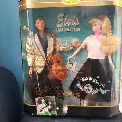 Elvis  live on stage