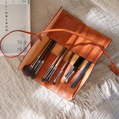 ~皮皮創~原創設計手作包。復古日系筆袋多功能手工真皮化妝品便攜隨身化妝筆刷收納包包