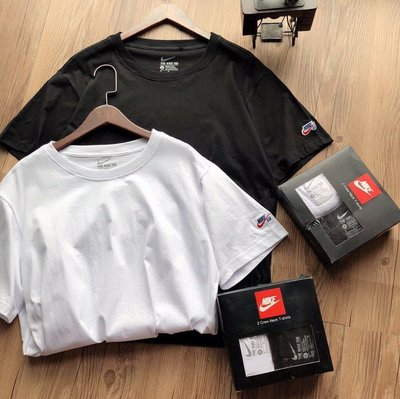 Nike 耐克SKATE BOARDING SB滑板運動系列純色打底短袖T恤兩件套