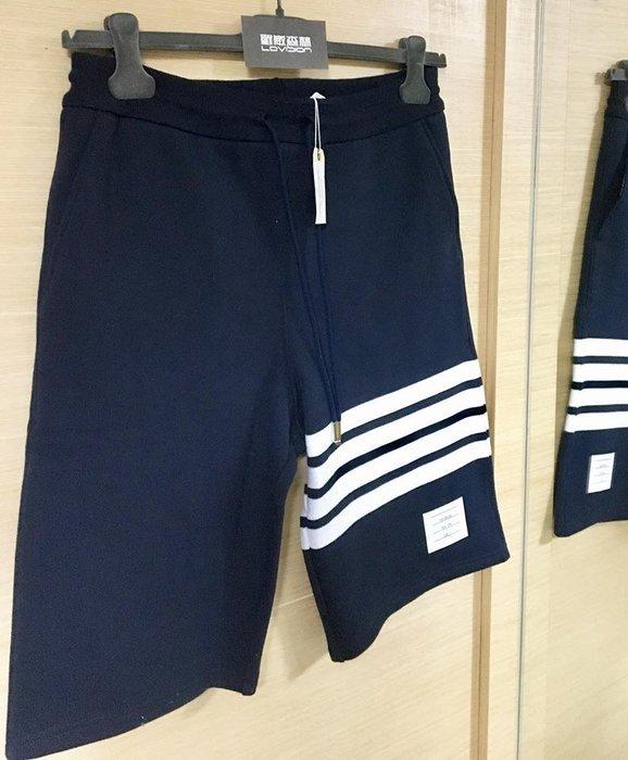 [ 羅崴森林 ] 現貨THOM BROWNE新品湯姆布朗海軍藍拉繩短褲123號