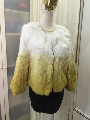 羽竹店鋪 %真皮草 此下標區為兔賴毛漸層白到黃毛 束口袖 短版外套(未量尺寸) XL
