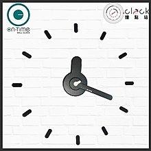 【鐘點站】On Time Wall Clock 黑底白秒針-壁貼鐘-掛鐘.無損牆面.親子DIY.民宿餐廳