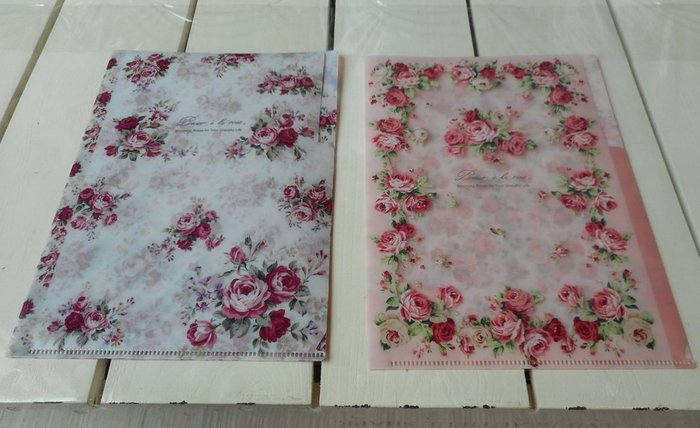 ~~凡爾賽生活精品~~全新日本進口玫瑰花造型雙層小文件夾.檔案夾
