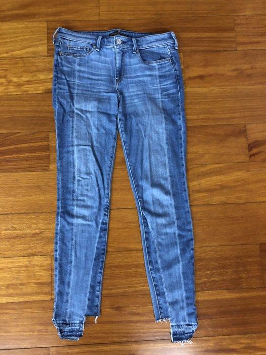 (嘻哈姐弟) Abercrombie & Fitch A/F 女生二手牛仔長褲 刷破褲角 9成新 現貨26 腰