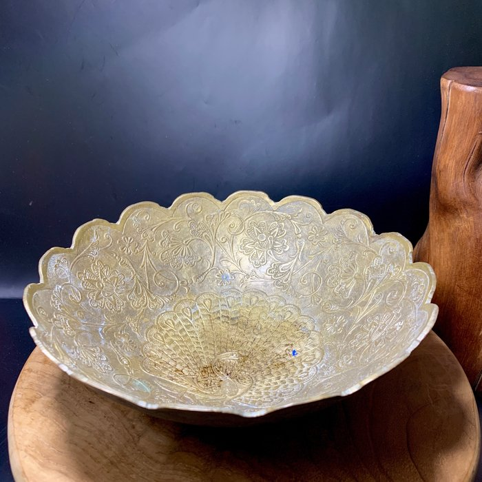 緬甸古董老件 富貴孔雀 吉祥雲 銅碗 銅器 水果盤 手工敲製