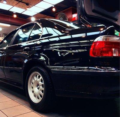 BMW E39 520i 原廠15吋鋁圈含胎皮