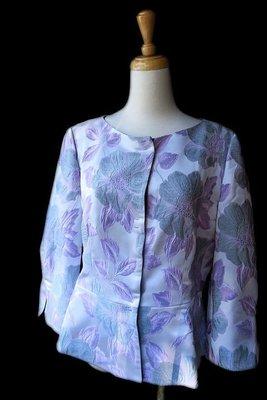 *Beauty*ARMANI粉紫色刺繡長袖外套46號  13800 元WE17