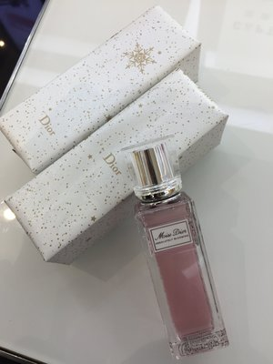 min~Christian Dior 迪奧 花漾迪奧親吻精萃香氛20ml 全新玻璃滾珠設計