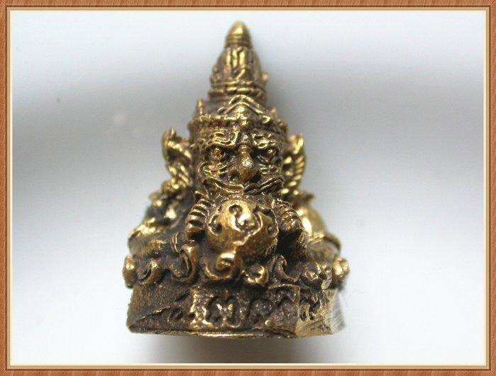 【雅之賞|藏傳|佛教文物】*特賣* 尼泊爾 銅製 招財龍王手工小佛像~Q1091