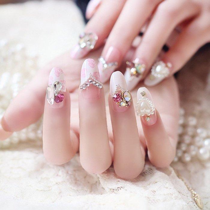 奇奇店-熱賣款 美甲成品 粉色玫瑰蛋白石亮鉆法式圓頭假指甲貼片甲片 新娘美甲