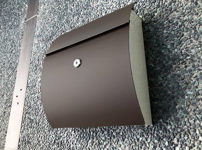 不鏽鋼小弧形信箱,耐用與精緻結合,抗生鏽無畏風雨,專業置物架廠商