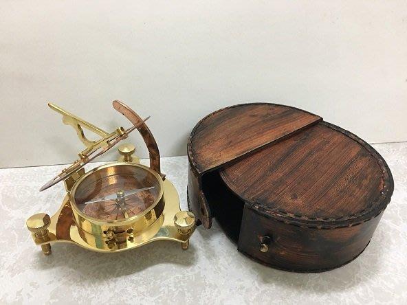 【友客里】((8日晷))- 古代時鐘-日圭-日臬-日規-北半球用-附圓皮盒子