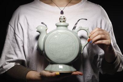 1/19結標龍泉 青瓷 雞首壺0100682-室內裝飾 日式餐具 下午茶 果子皿 進口餐具 餐盤組