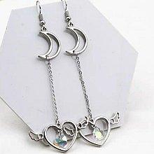 (特價$25 一對)(原價$35)新款 日韓 日系 風格 銀色  閃鑽 幻彩白色 水晶 月亮 耳環(滿$60包郵)(郵費$5)