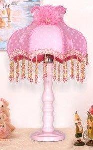 【優上精品】歐式台燈精品公主田園蕾絲布藝台燈臥室床頭客廳燈婚慶禮品(Z-P3135)