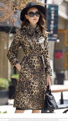 風衣外套不敗款豹紋長版風衣外套質感非常的柔軟版型挺