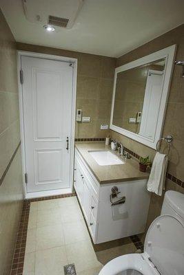 浴室整修 衛浴翻修 浴櫃訂做 素磚拼貼 壁磚挑選 【帷圓 訂製】