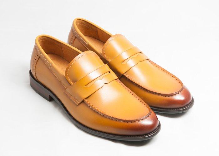 U-Tip樂福鞋:手工上色小牛皮木跟真皮皮鞋男鞋-焦糖色-免運費-[LMdH直營線上商店]E1B20-89