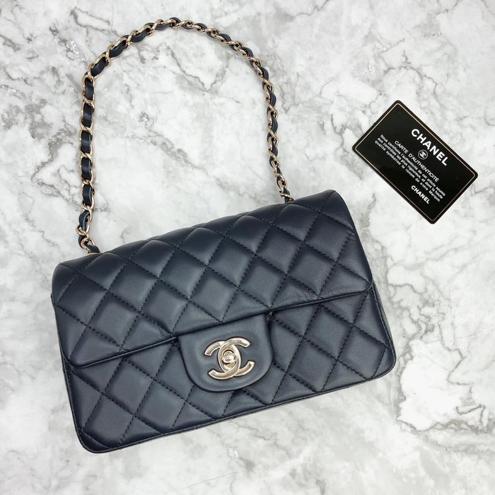 Chanel藏藍色coco 20 到貨實拍💙