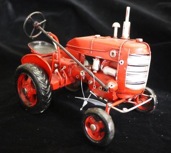 【布拉格歐風傢俱】 復古鐵皮紅色牽引機 美式 收藏 擺飾 家飾 陳列展示 生日禮物