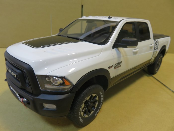 =Mr. MONK= GT SPIRIT RAM 2500 Power Wagon 2017