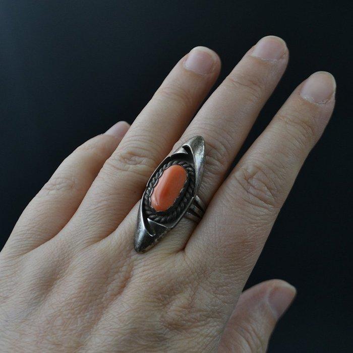 【四季】六十年代北京首飾公司外貿回流925銀鑲嵌有機紅寶石蒙鑲款戒指