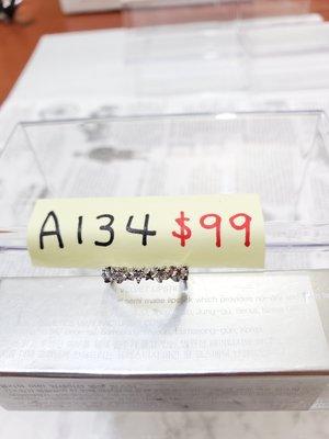 淇淇城堡 韓國飾品 韓國帶回 A134 水鑽星星*星星戒指 銀色 現貨