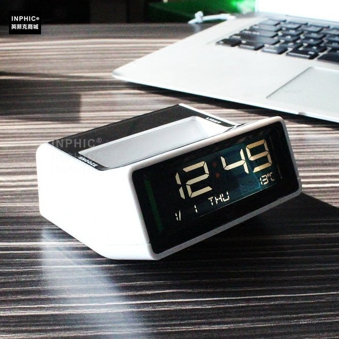 ♥精選暖心商品♥ 創意LED桌面電子時鐘溫度夜光鐘貪睡鬧鐘床頭時鐘