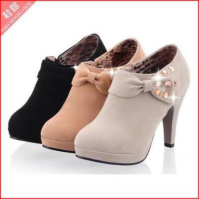 *鞋館Shoes hall*【A7426】時尚百搭素面側蝴蝶結水鑽高跟裸靴~3色~