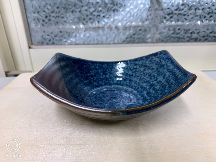 【無敵餐具】海金沙湛藍船型盤(14.3x3cm)燒製瓷器/陶祖/日瓷/生魚片丼飯/日式料理【A0377】
