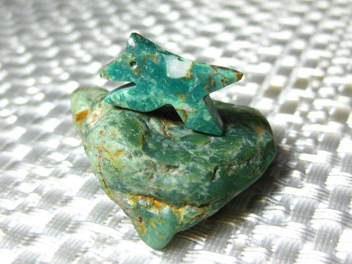 【Texture & Nobleness 低調與奢華】寶石雕件&原礦 綠松石雕件&綠松石原礦-狼嘯山林