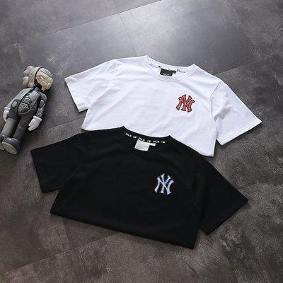 Chris精品代購 美國Outlet MLB NY 春夏新款 短袖 T恤 情侶款 寬鬆版型 經典Logo刺繡 兩色任選