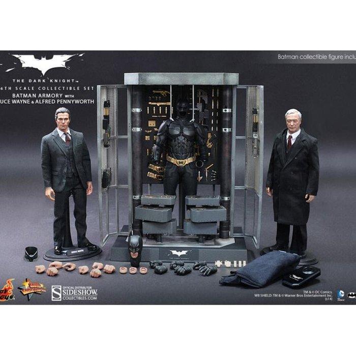 HOT TOYS MMS236 蝙蝠俠 武器整備庫、布魯斯 韋恩 、管家 阿福 黑暗騎士 大全套 武器櫃