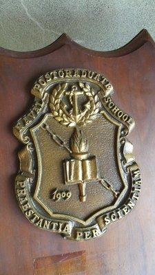 早期美國海軍研究院紀念銅牌-----Naval Postgraduate School
