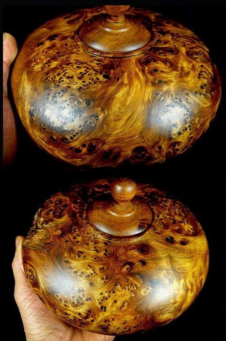 [福田工藝]檀香釘仔瘤閃花聞香特大聚寶瓶/木質堅硬氣味芳醇油脂豐厚重達1338g[瓶47]