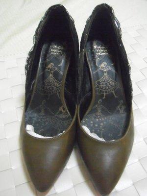 OL小資女氣質典雅咖啡色黑色蕾絲滾邊高跟鞋398元起標