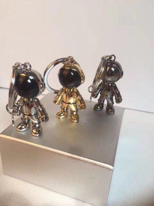 Chris精品代購 日本精品代購 Agnes b 小B angesb 專櫃名品 太空人鑰匙圈 三色 促銷$280