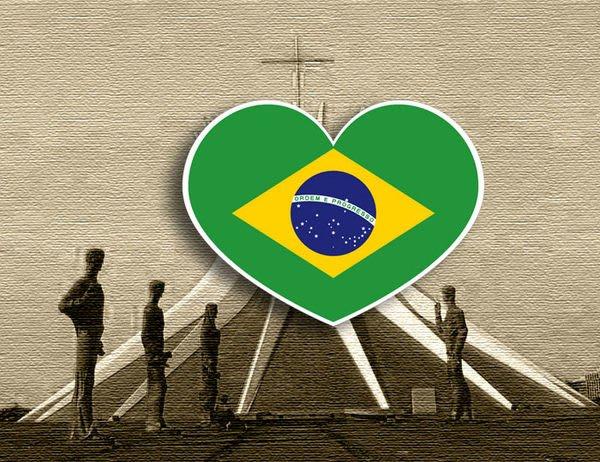 【衝浪小胖】巴西國旗抗UV、防水愛心形登機箱貼紙/Brasil/各國都有販賣和客製