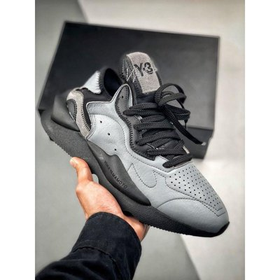 Y-3 Kaiwa Chunky Sneakers凱瓦系列鞋面衝孔超透氣舒適 真材實料 純羊皮墊腳 質感無敵原盒配件黑灰
