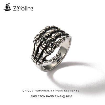 歐美時尚潮流男士霸氣復古骷髏頭手爪戒指個性食指環鈦鋼單身尾戒