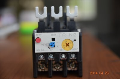 富士 TR-N3/3 三素子、積熱電驛 O.L 、TH-RY 、Overload relay、 Over relay