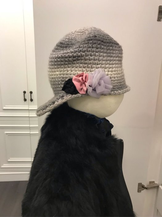 造形毛帽五